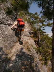 climbing-1512132_1280